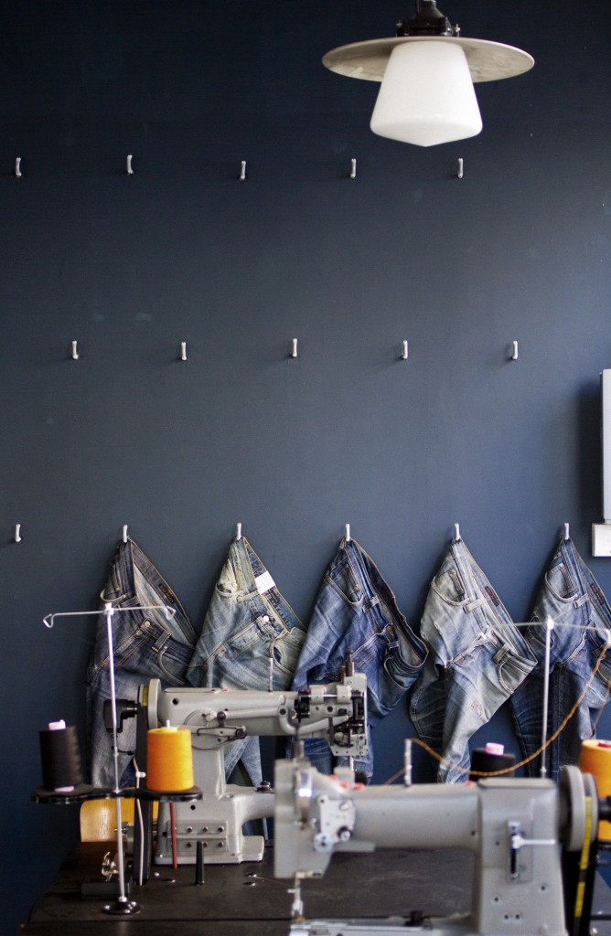 London Cool Shop Find: Nudie Jeans Repair Shop | meltingbutter.com